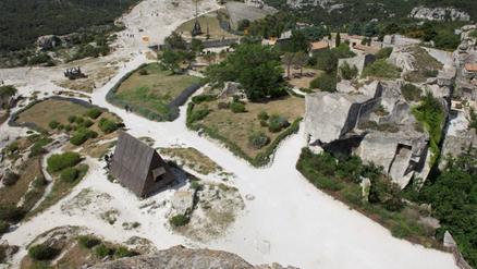 Castello di baux de provence site officiel de l 39 office - Office tourisme les baux de provence ...
